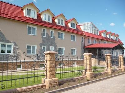 Гостиница на окраине Суздаля